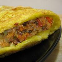 Сырный омлет фаршированный овощами