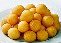 Крокеты из картофеля с хлебными сухариками.