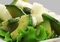 Дынный салат с авокадо.